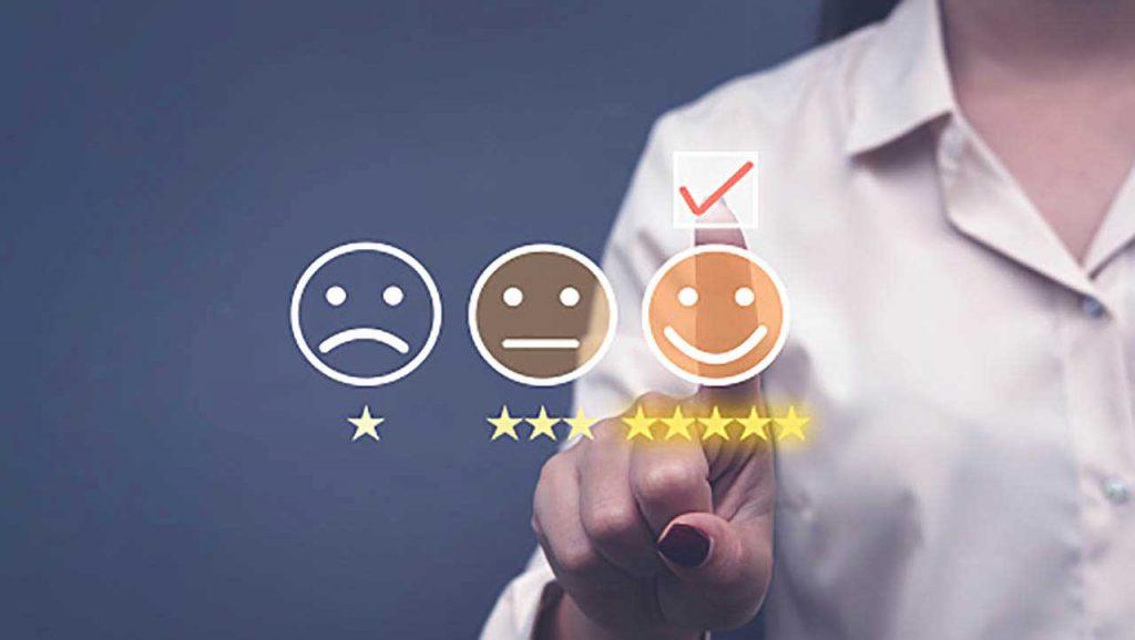نحوه ایجاد حس اعتماد و صمیمیت با مشتری